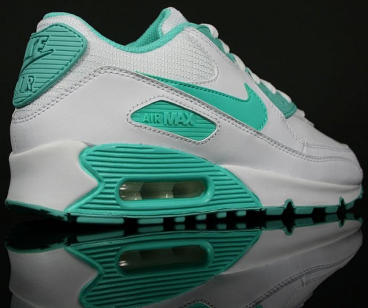 nike wmns air max 90 white cool mint freshness mag. Black Bedroom Furniture Sets. Home Design Ideas