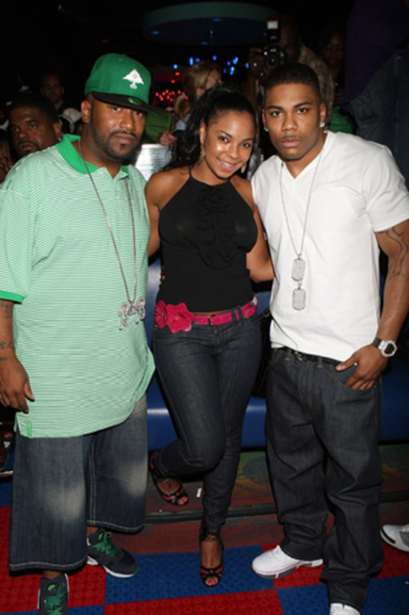 Complex-Bun-B-Greatest-Footwear-Moments-13