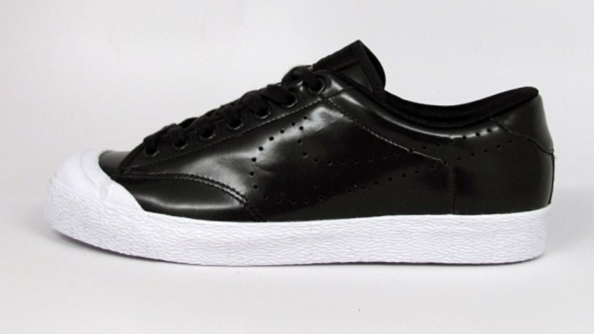 Nike-All-Court-Leather-Low-Velvet-Brown-1
