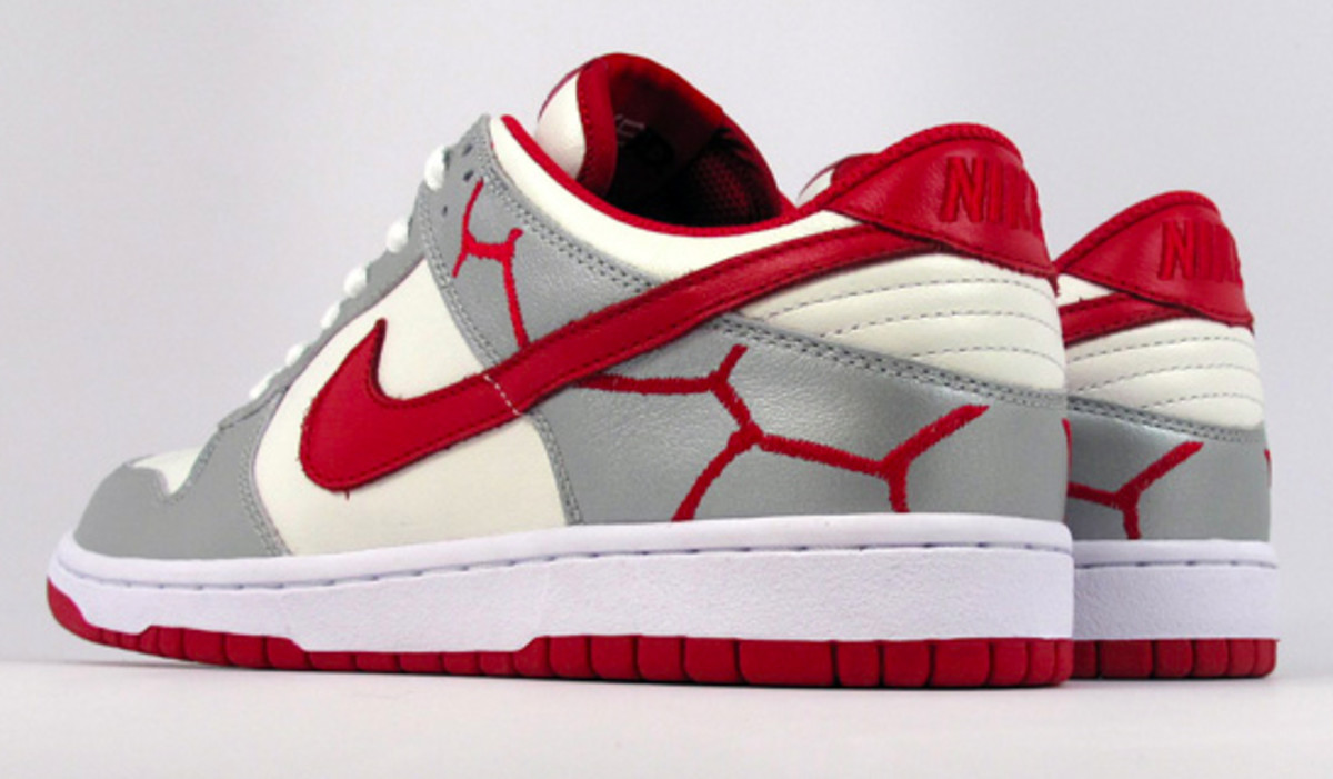 nike-id-project-red-dunk-low-id-06