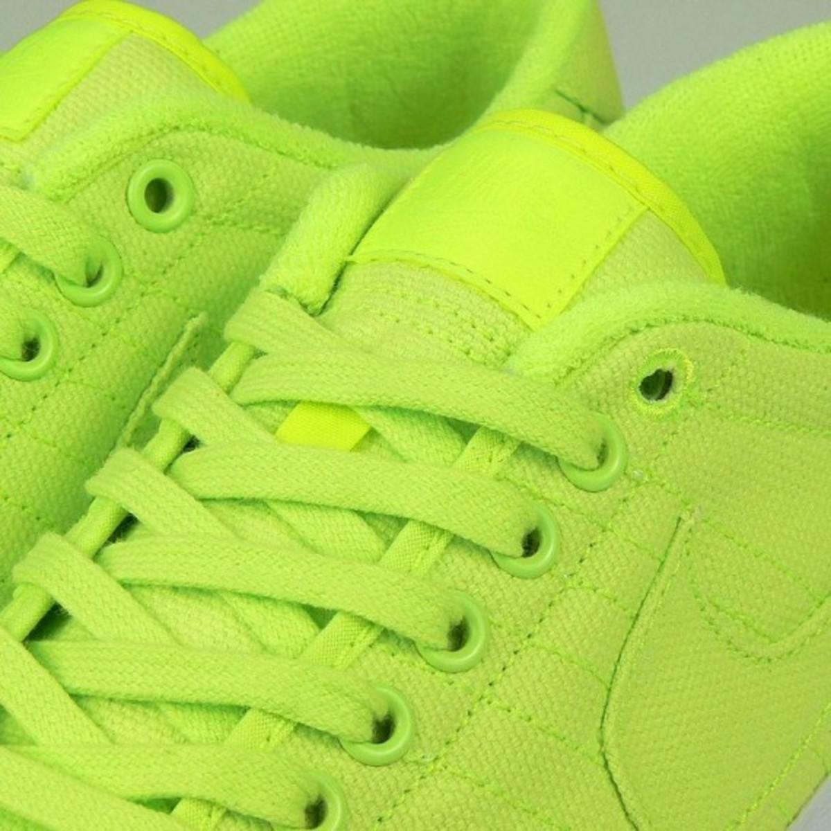 nike-all-court-canvas-quick-strike-04