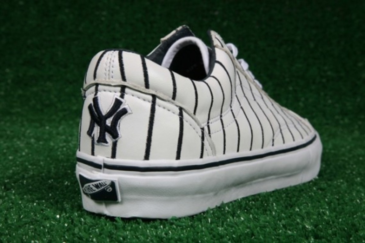 8c20a7a612f4 VANS Vault x MLB - Limited Edition New York Yankees Old Skool LX for ...