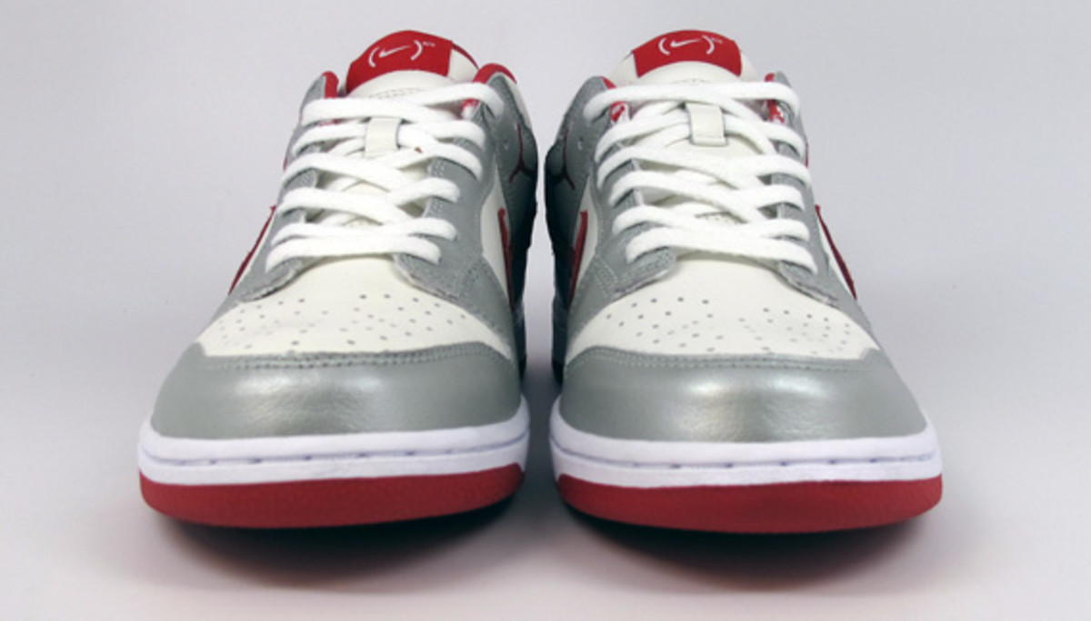 nike-id-project-red-dunk-low-id-03