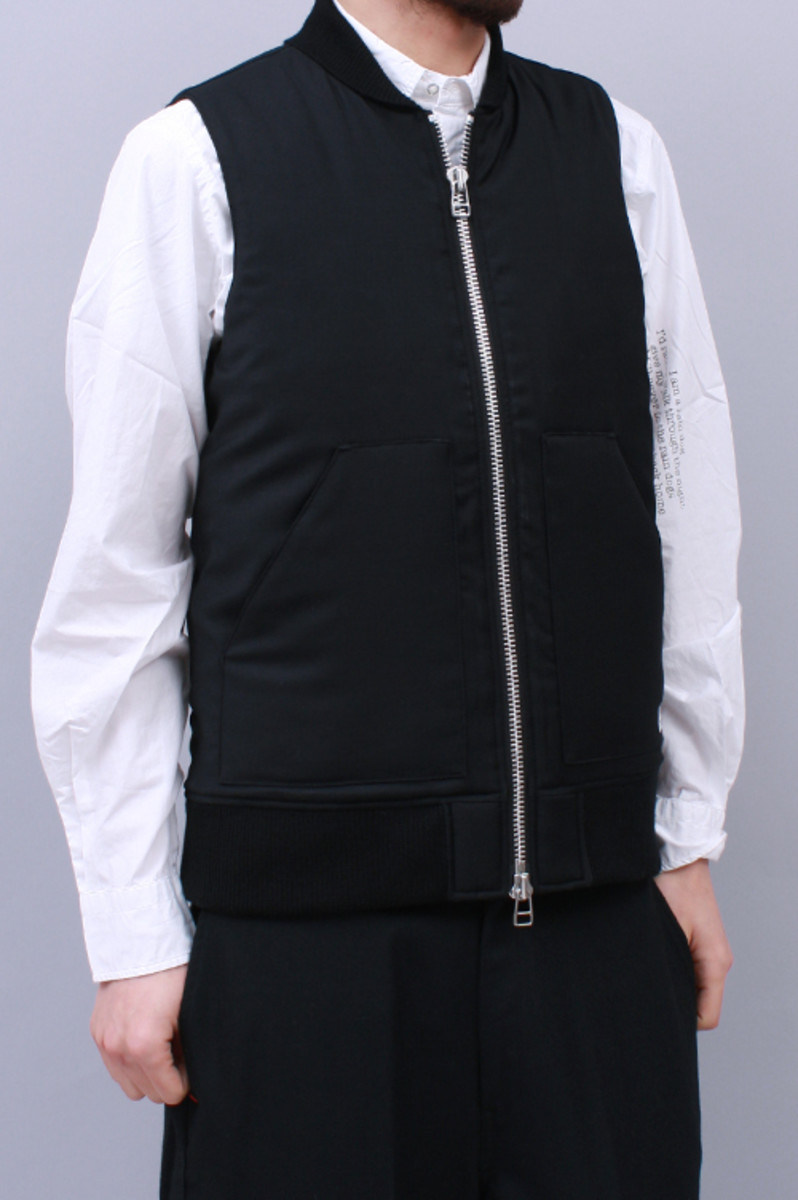 margo-wool-vest-black