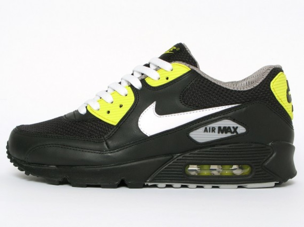 nike-air-max-90-premium-black-vibrant-yellow-4