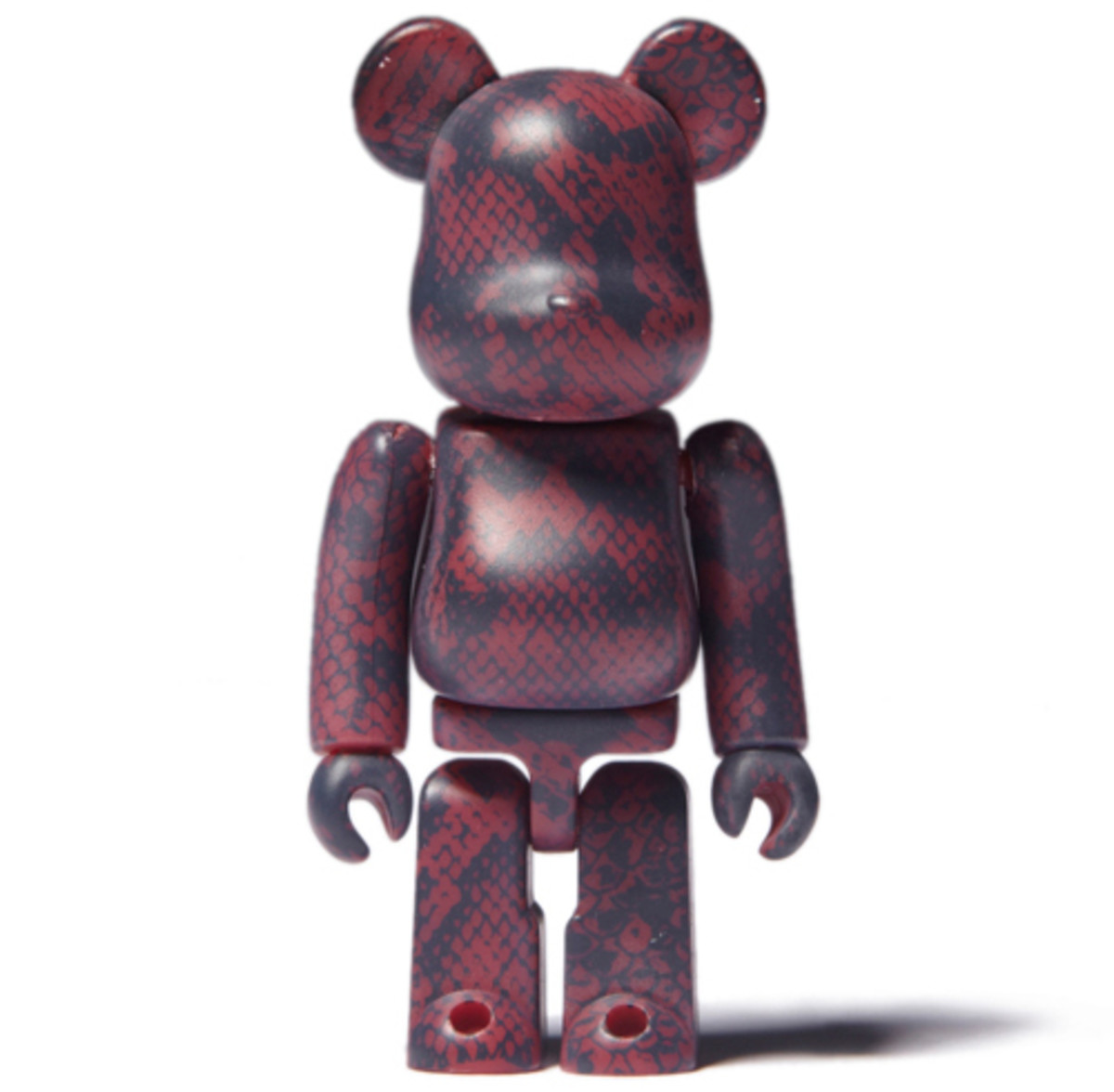 medicom-bearbrick-invincible-snake-01