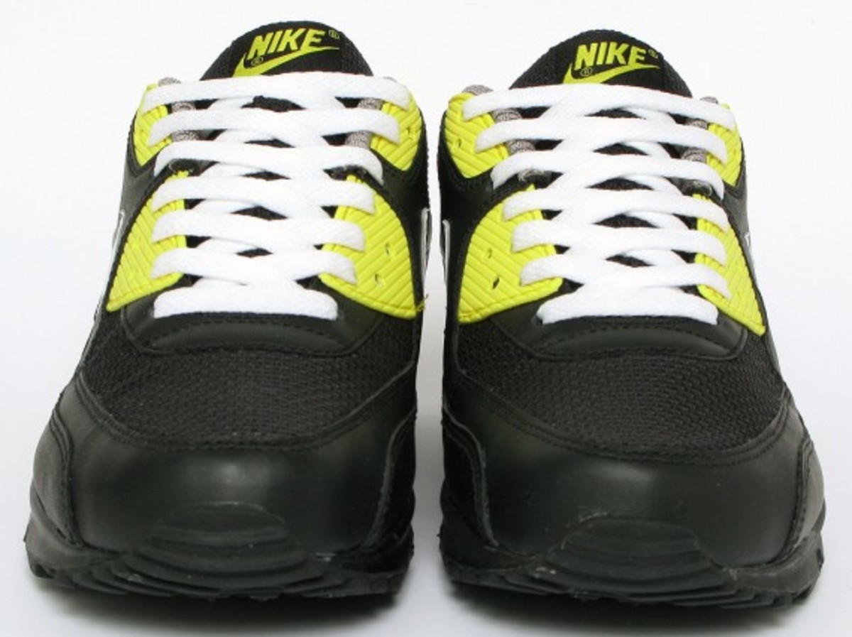 nike-air-max-90-premium-black-vibrant-yellow-2