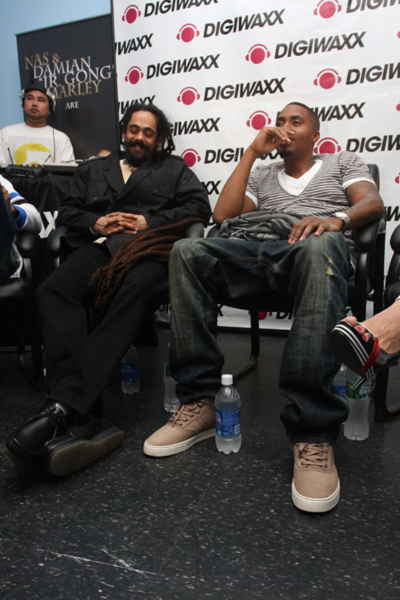Fresh-Celeb-Nas-Clae-Thompson-3