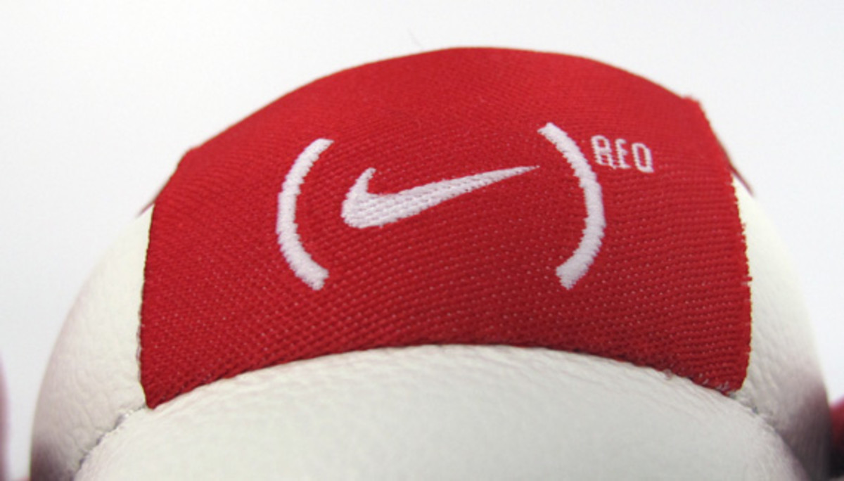 nike-id-project-red-dunk-low-id-01