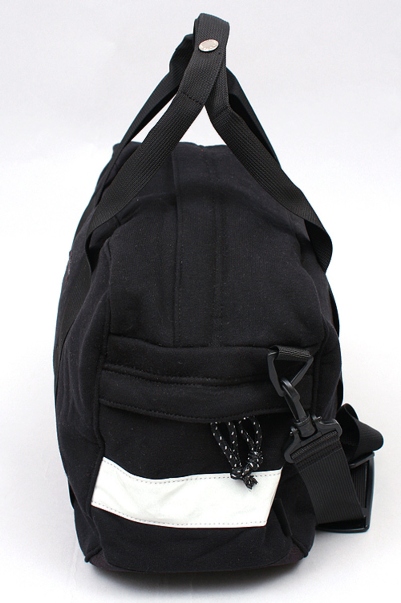 duffle-bag-black-2