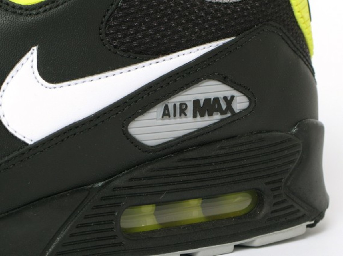 nike-air-max-90-premium-black-vibrant-yellow-6