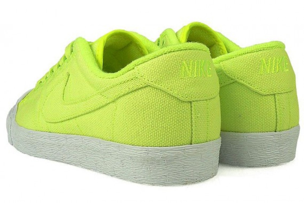 nike-all-court-canvas-quick-strike-05