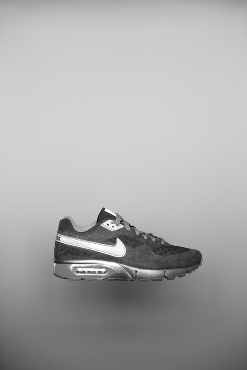 nike-sportswear-holiday-10-air-max-bw-gen-ii-02