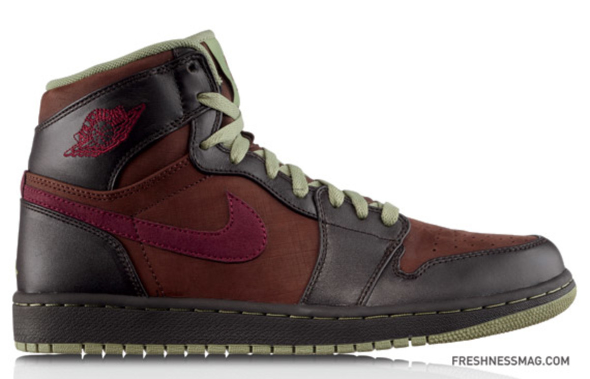 Air_Jordan_1_Retro_High_DeepGarnet-Sage
