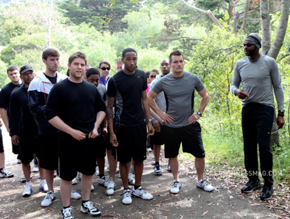 nike-training-jerry-rice-the-hill-12