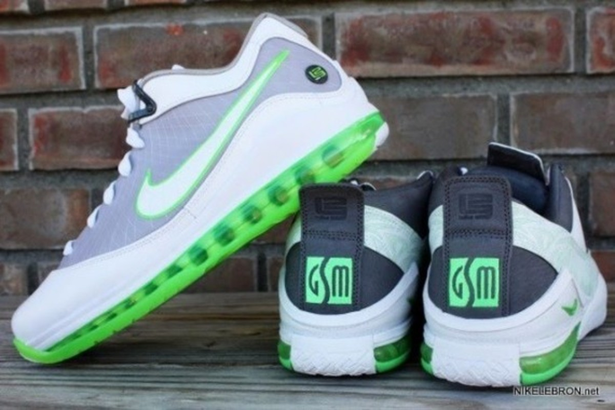 nike-air-max-lebron-7-low-new-ss-dunkman-10