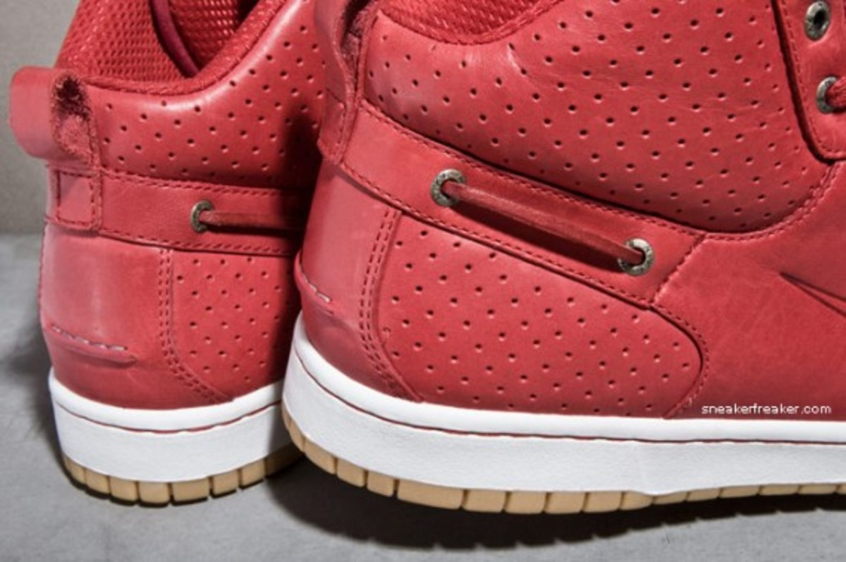 nike-mad-jibe-mid-red-gum-4