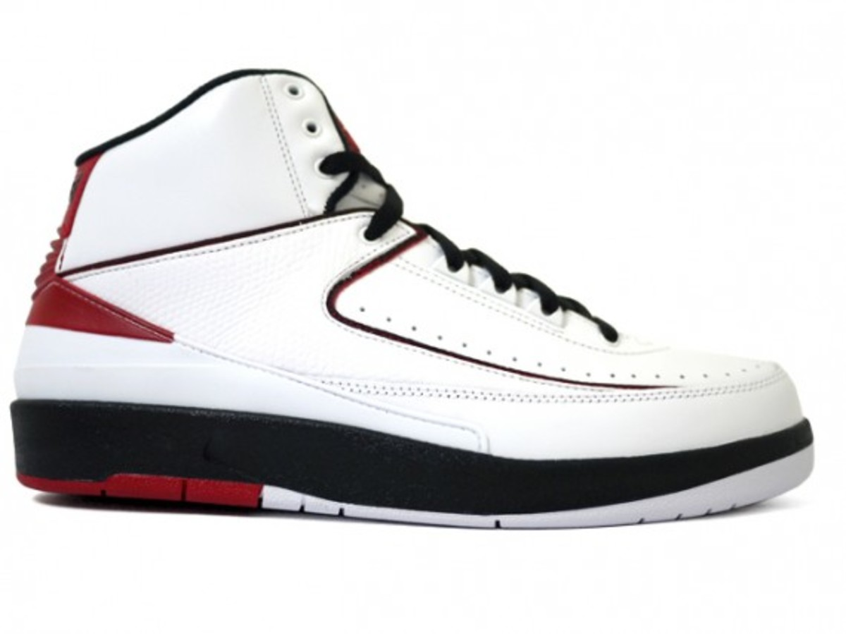 air-jordan-ii-retro-white-black-varsity-red-2