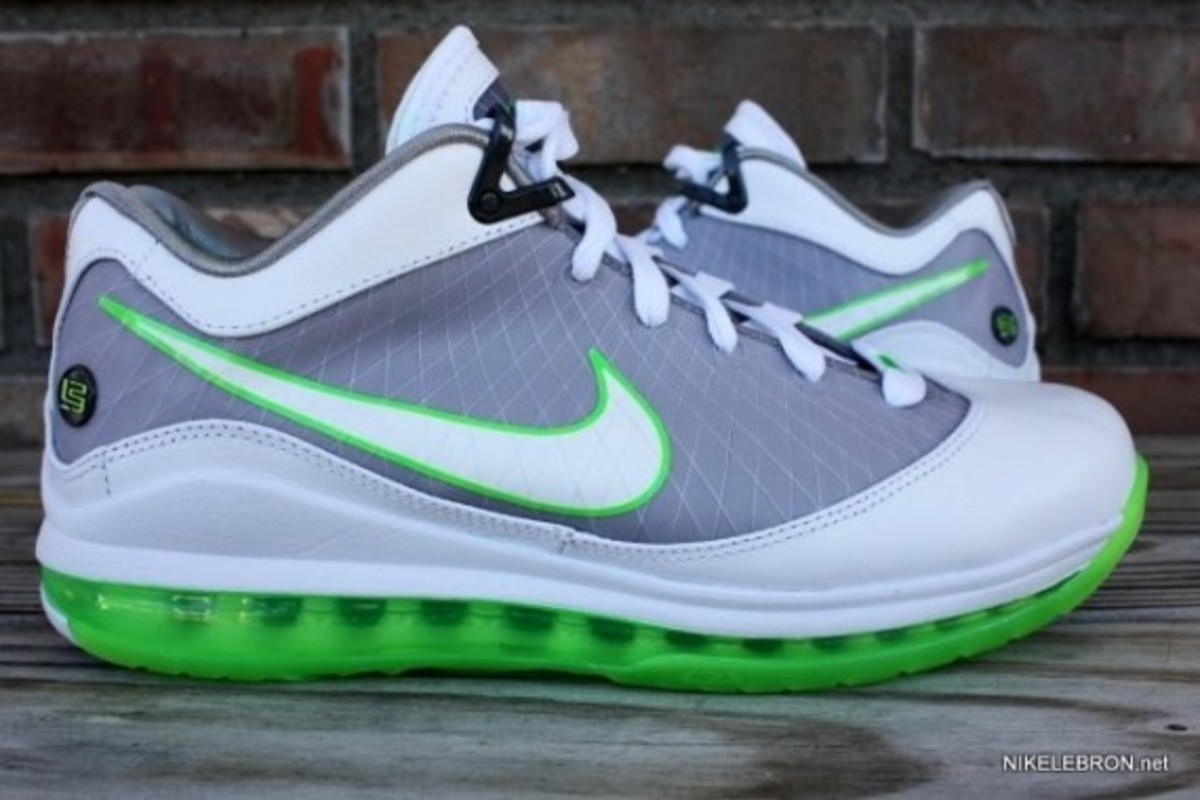 nike-air-max-lebron-7-low-new-ss-dunkman-2