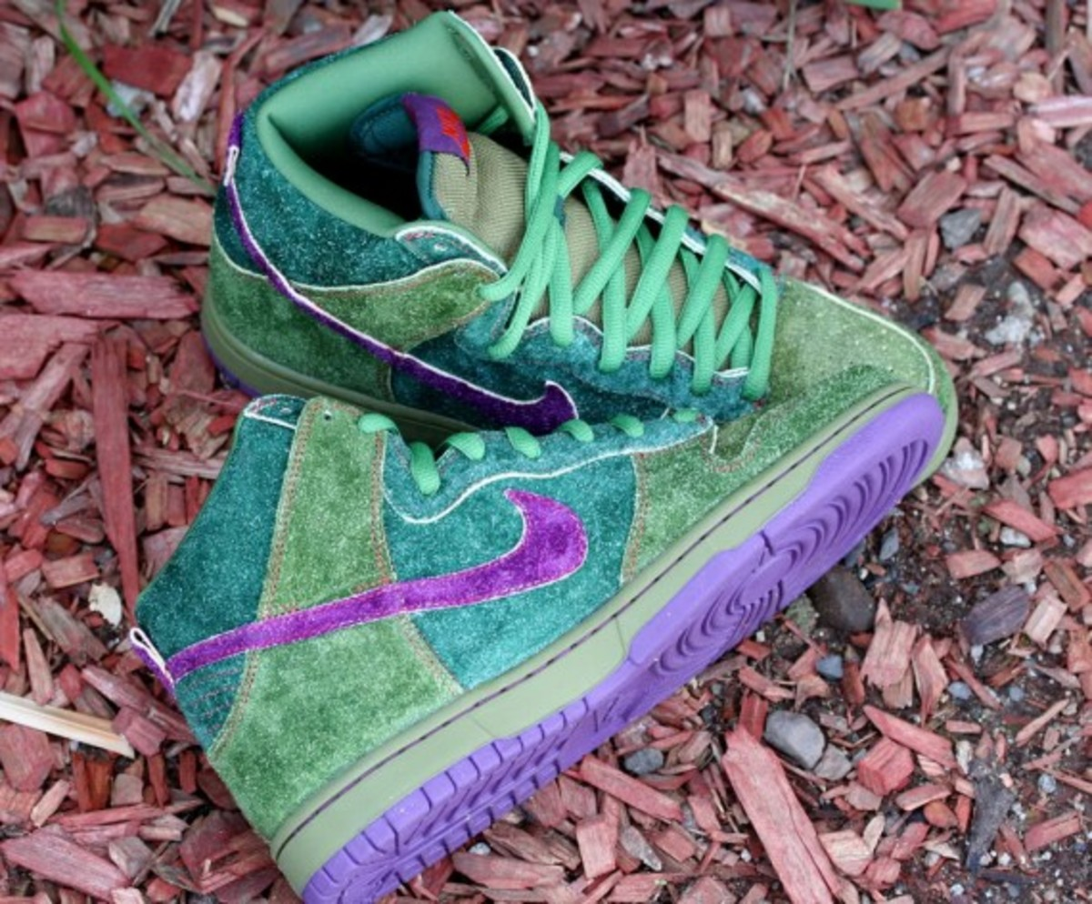 nike-sb-green-skunk-dunk-high-01-570x472