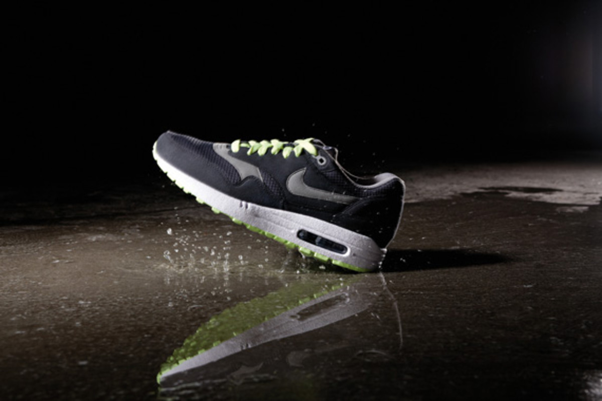 nike-sportswear-holiday-10-air-max-I-02