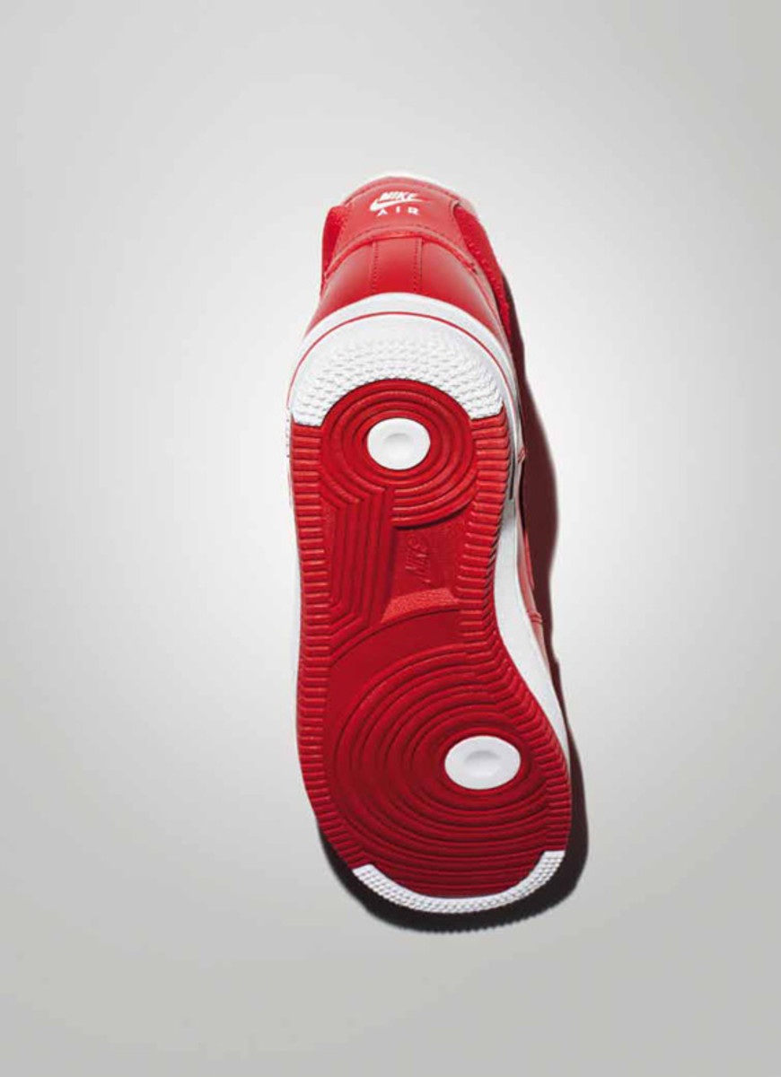 nike-sportswear-holiday-2010-air-force-1-04