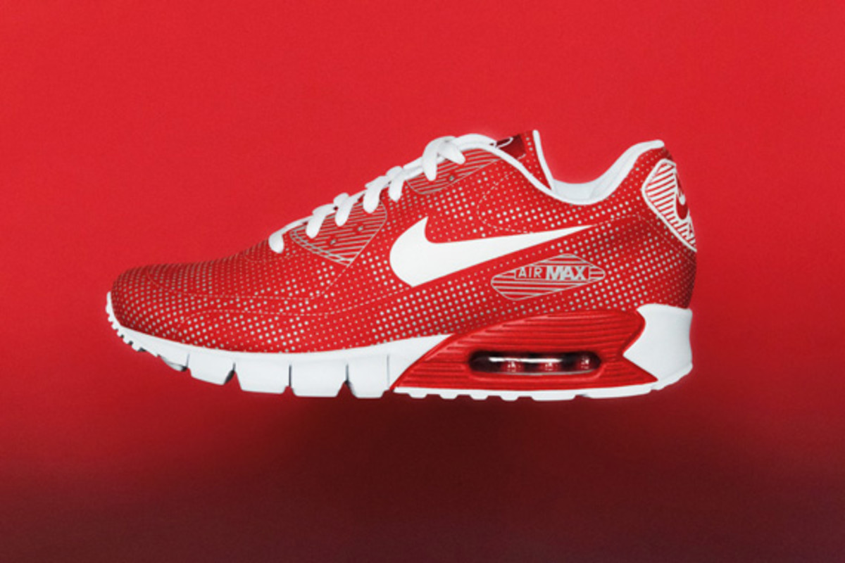 nike-sportswear-holiday-2010-air-moire-90
