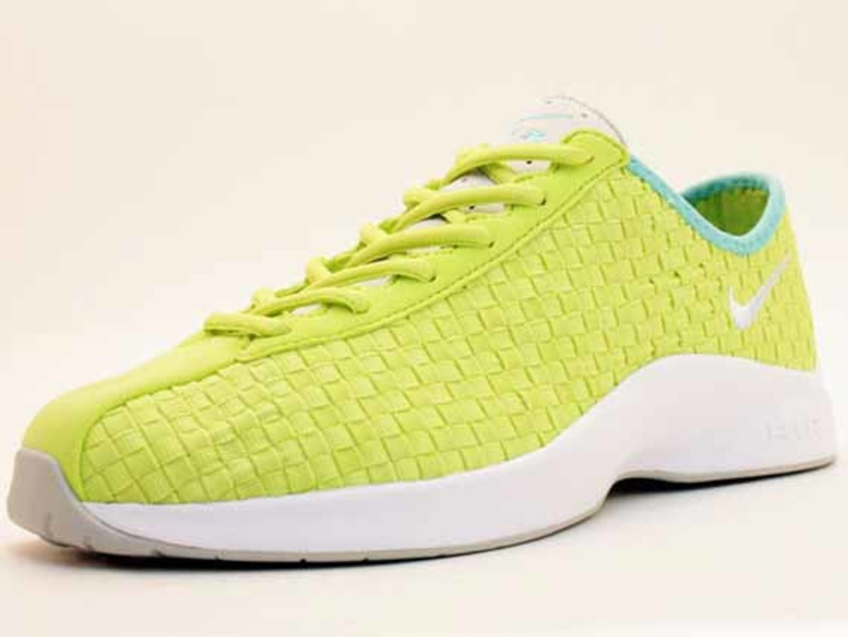 nike-air-superfly-woven-4