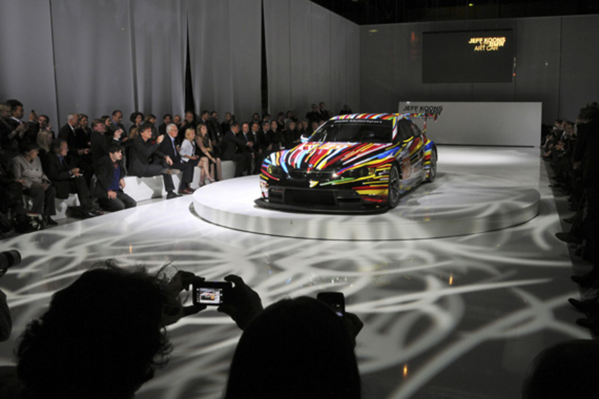 bmw-art-car-jeff-koons-13