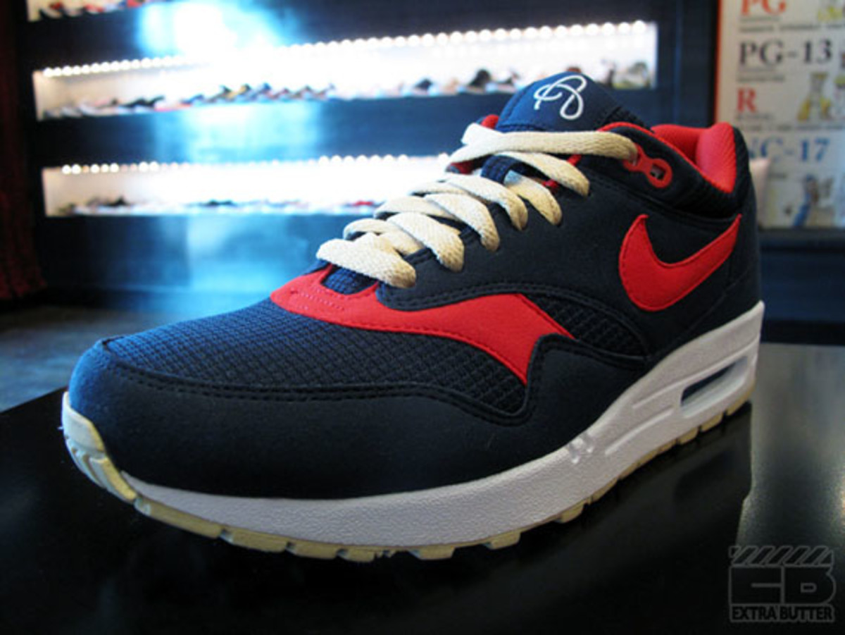 nike-july-2010-delivery-1