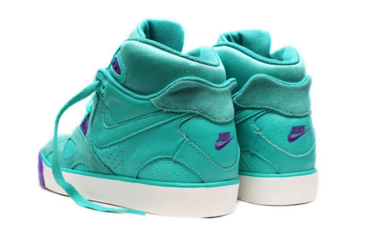 Nike-Auto-Trainer-New-Green-Purple-Punch-3