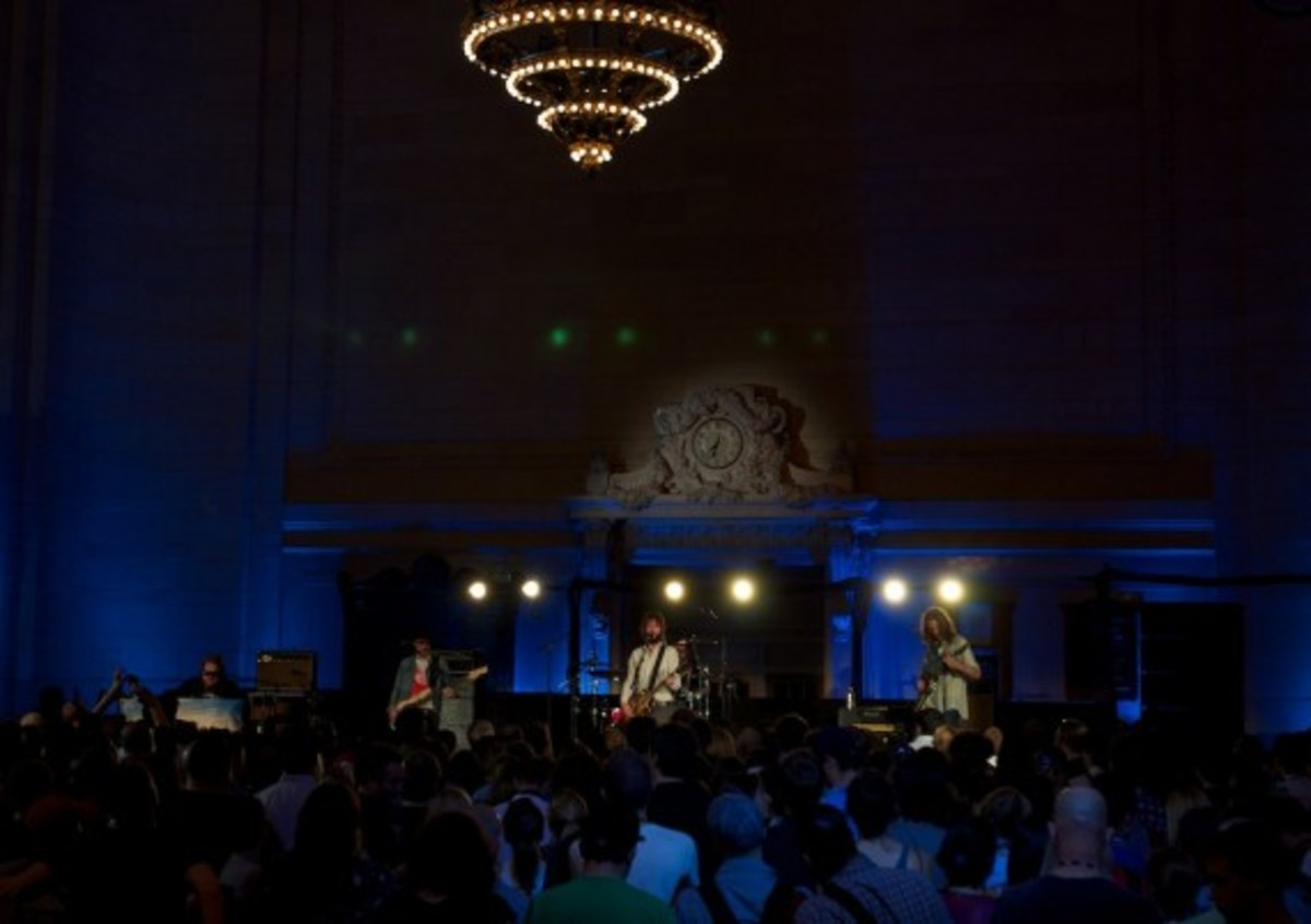 aol-presents-band-of-horses-grand-central-10