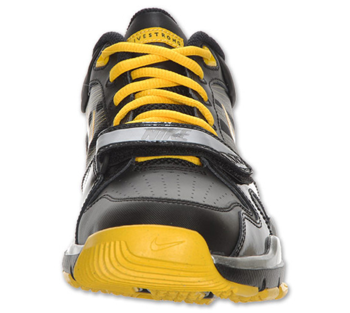 nike-trainer-mid-12-livestrong-04