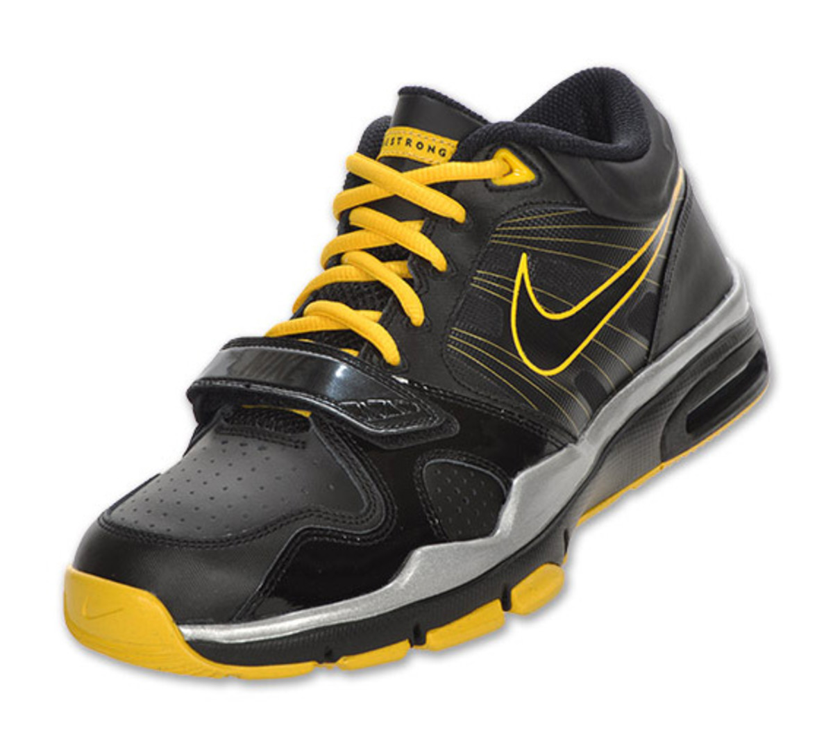 nike-trainer-mid-12-livestrong-01