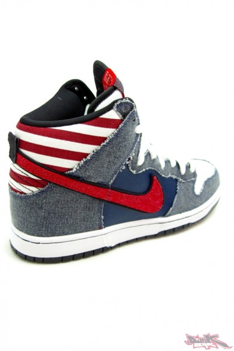 Born in the USA Dunk 4