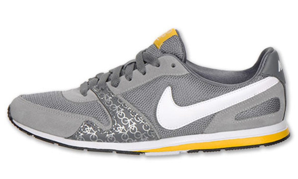 livestrong-x-nike-wmns-eclipse-ii-2