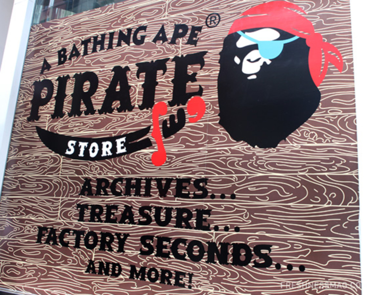 a-bathing-ape-ny-pirate-store-01