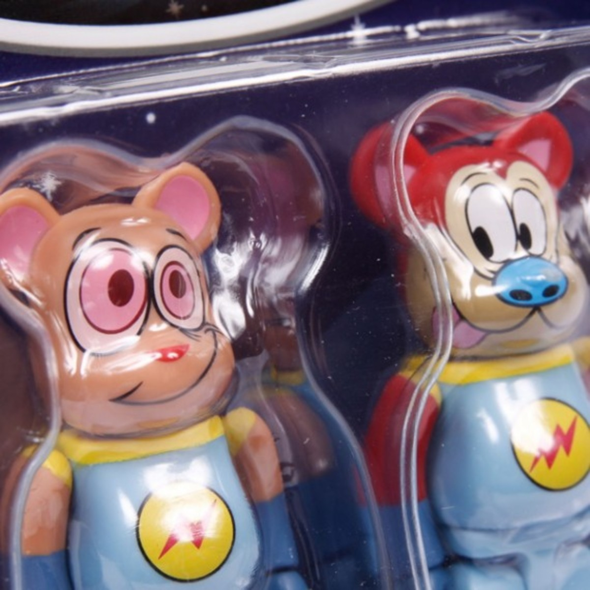 SLAM-JAM-x-MEDICOM-TOY-Ren-and-Stimpy-Bearbrick-3