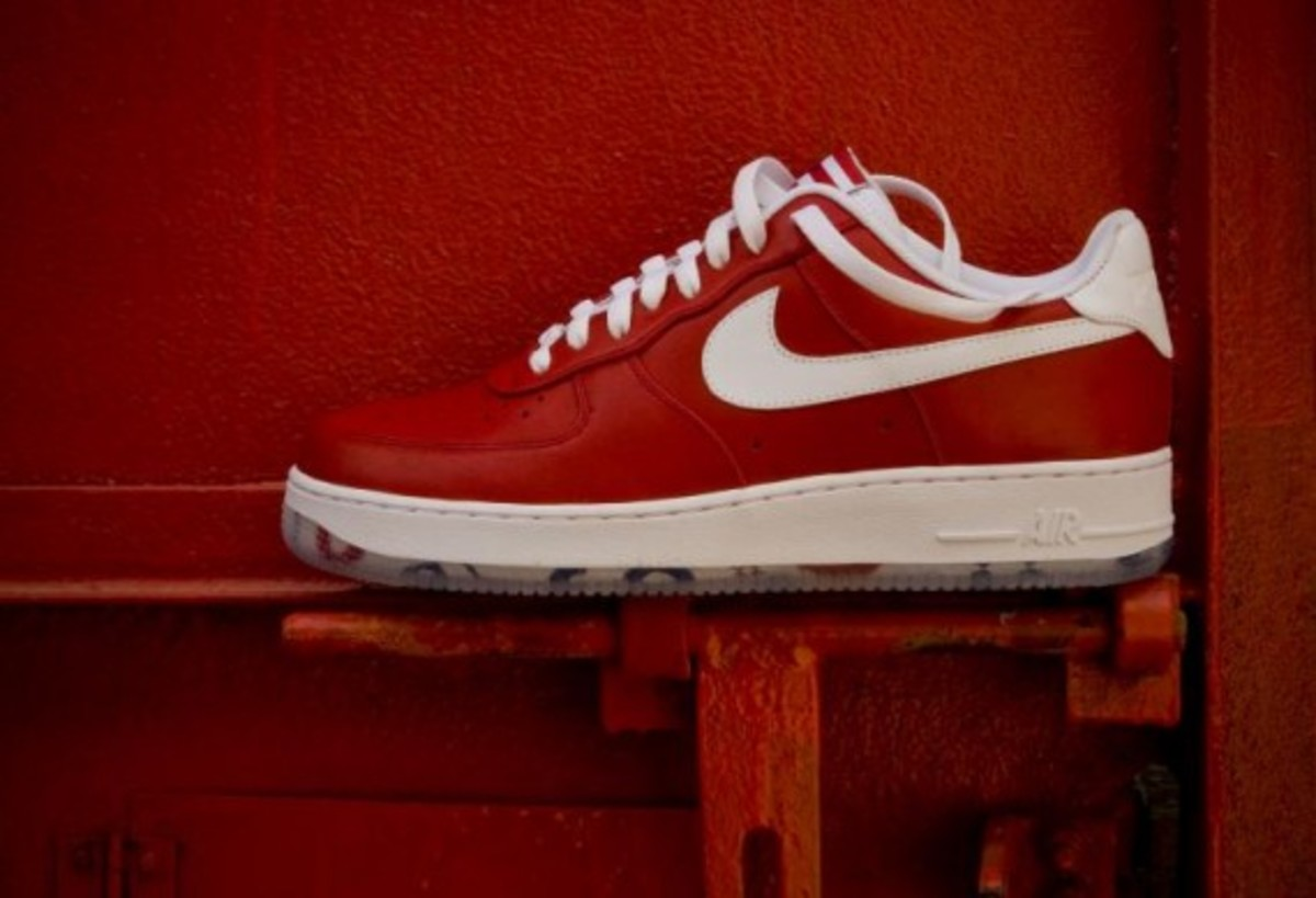 Nike Air Force 1 Low Premium iD Shoe. Nike
