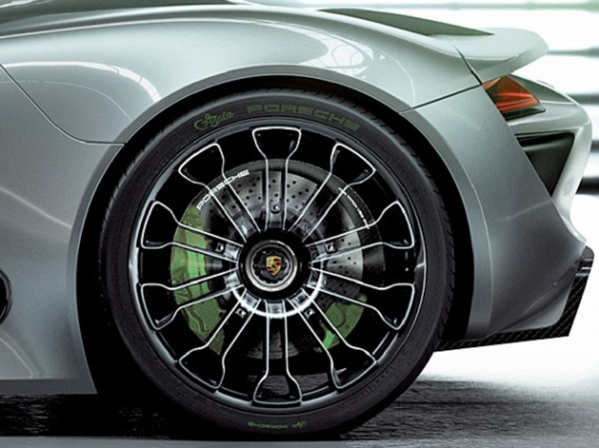 porsche 918 spyder hybrid super car production to start freshness mag. Black Bedroom Furniture Sets. Home Design Ideas