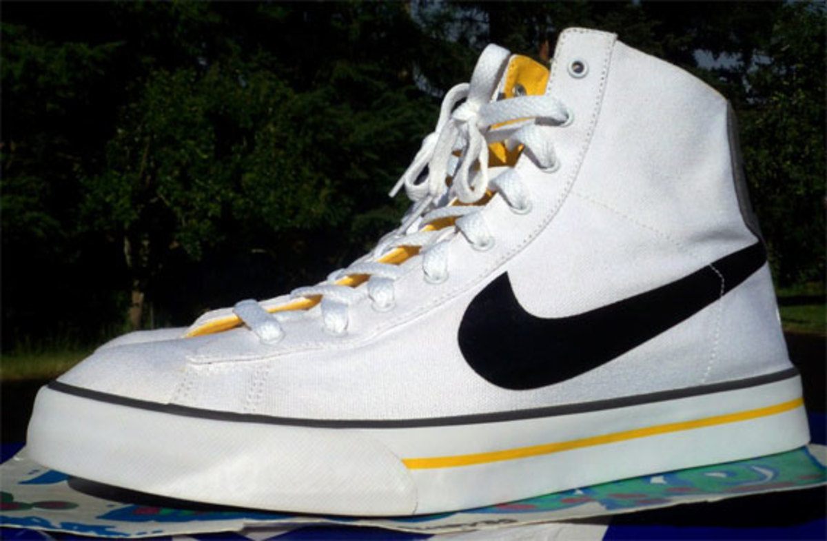 nike-sweet-classic-high-livestrong-promo-08
