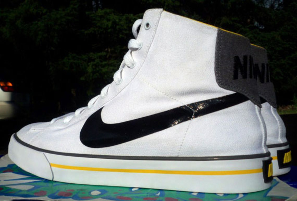nike-sweet-classic-high-livestrong-promo-07