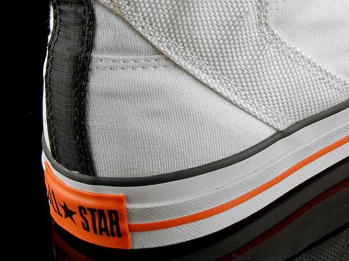 size-anniversary-converse-poorman-weapon-06 01449aafe