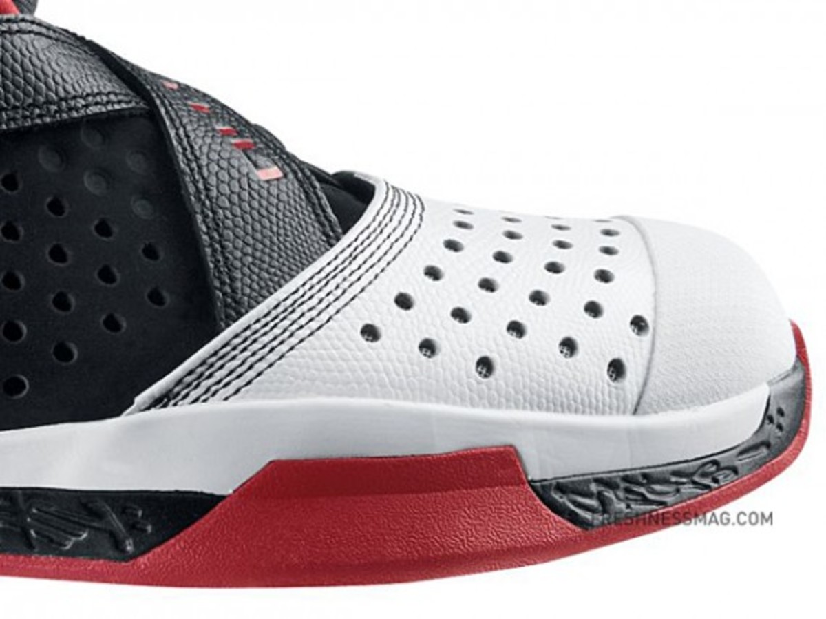 air-jordan-2010-outdoor-407744-101-c