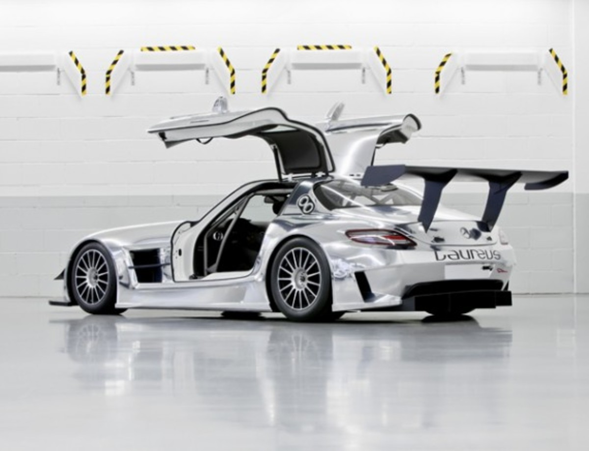 Mercedes benz sls amg gt3 race variant available now for Mercedes benz gt3