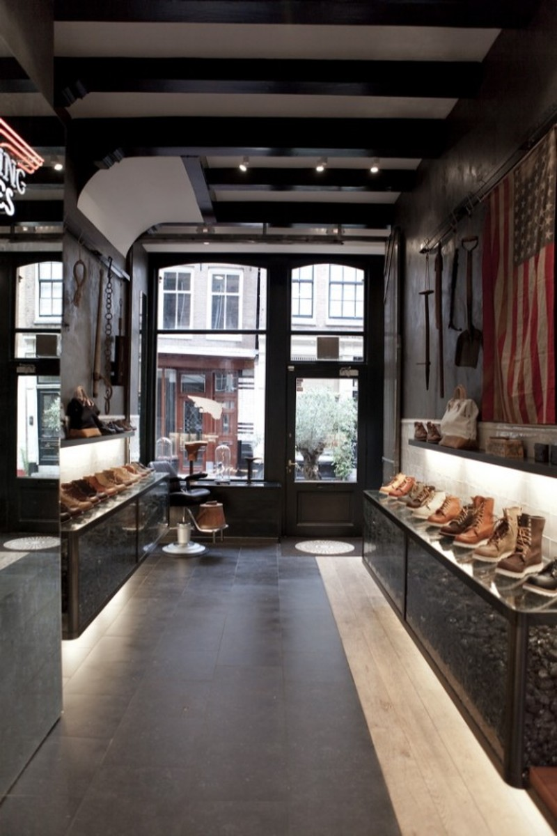 red-wings-shoes-amsterdam-flagship-10