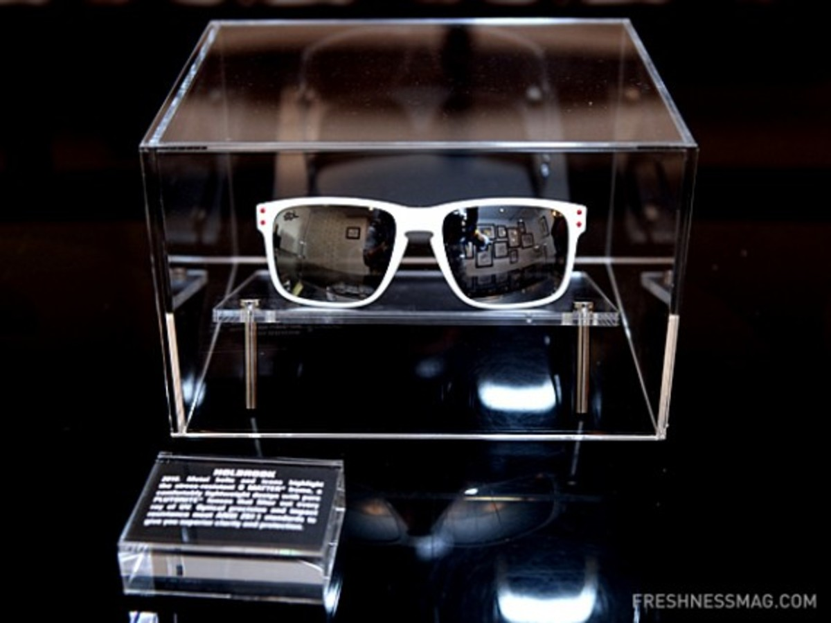 staple-oakley-35th-history-event-39