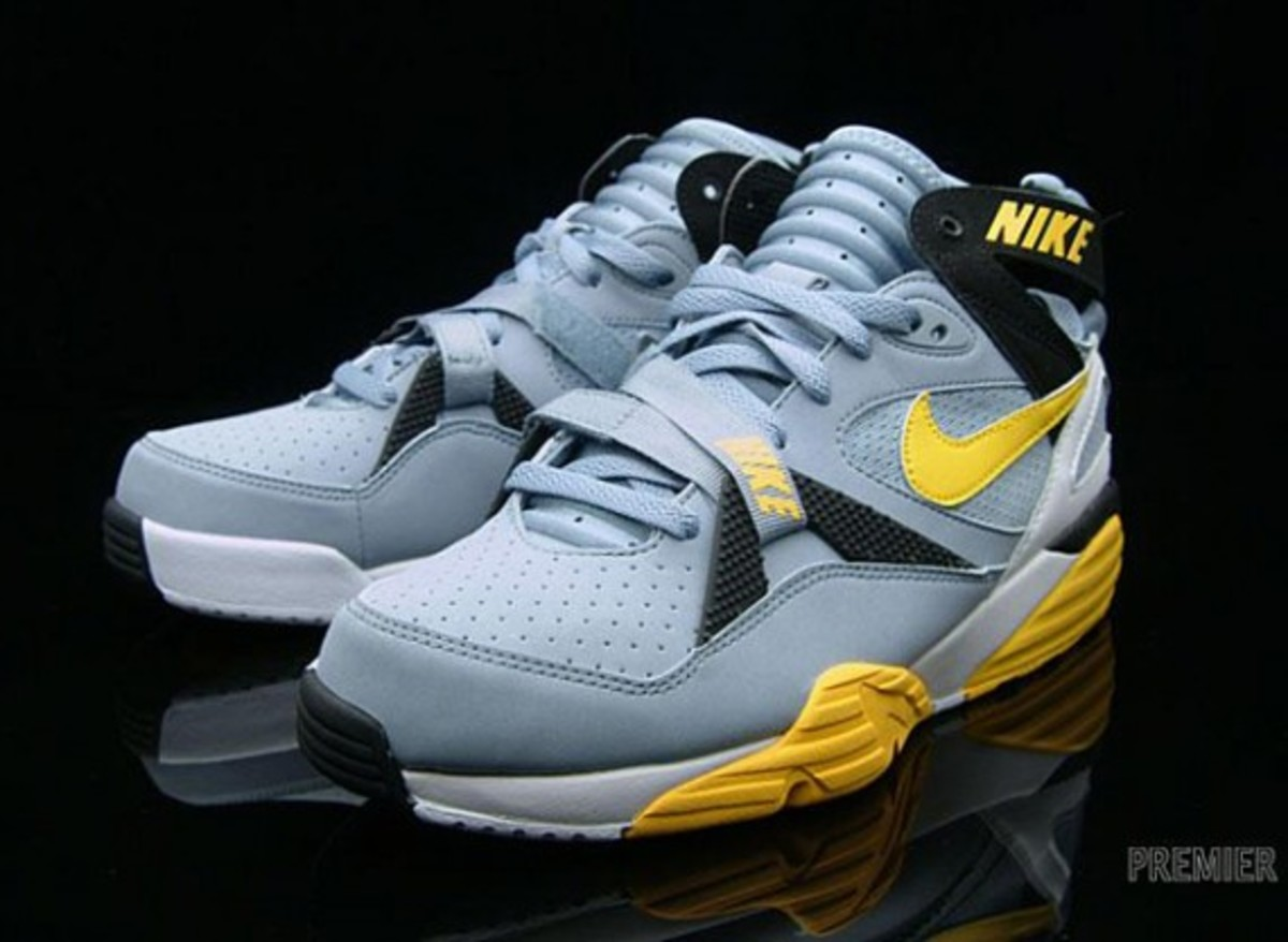 nike-air-trainer-1-grey-stone-medium-yellow-02