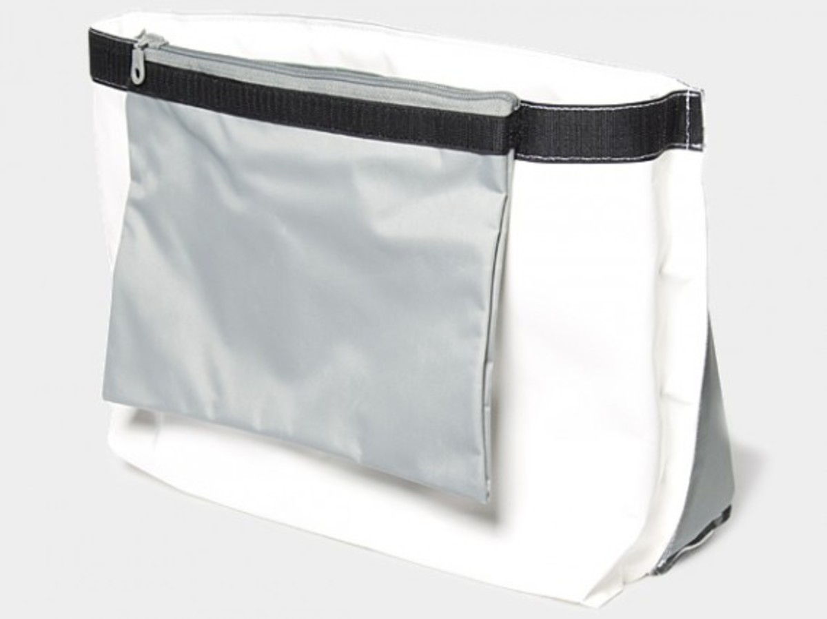 Transformable Messenger Bag Gray 2
