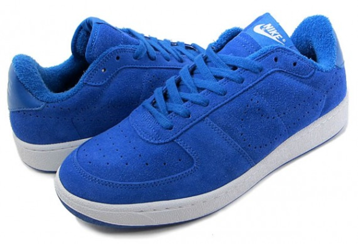 nike-zoom-supreme-court-low-4